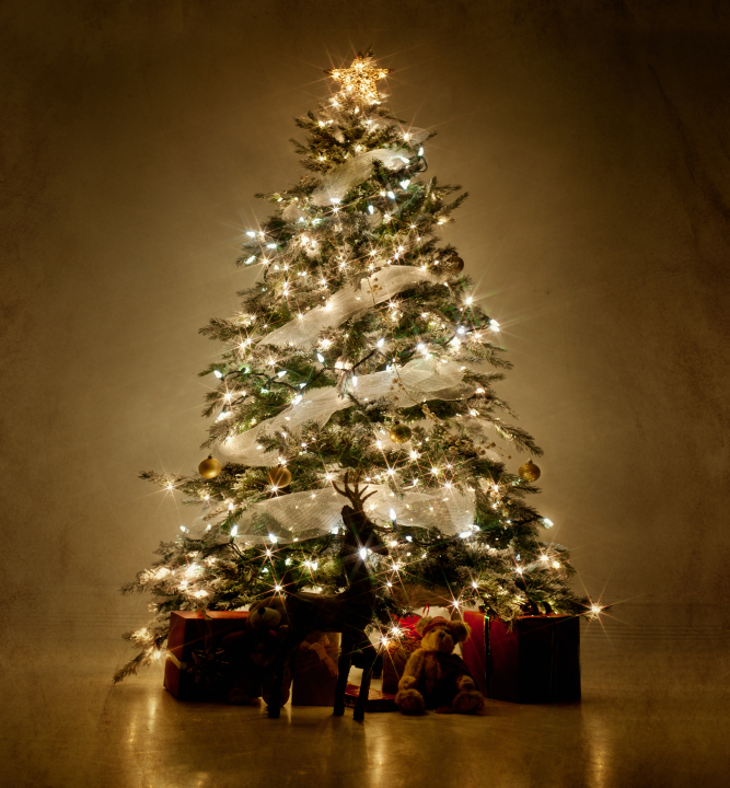 a decorated christmas tree - Best Christmas Decorations Uk